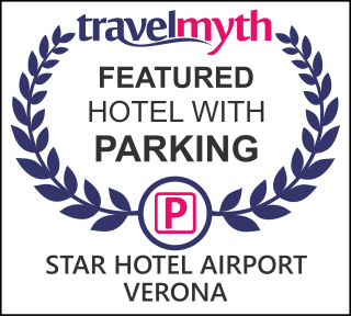 Dossobuono hotels with parking