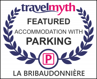 hotels with parking in Saint-Palais-de-Phiolin