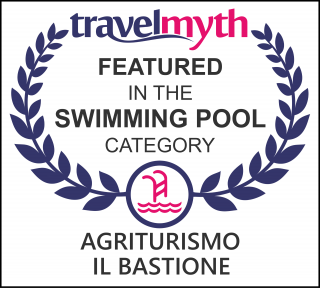 swimming pool hotels in Spello