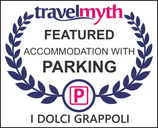 hotels with parking in Larino