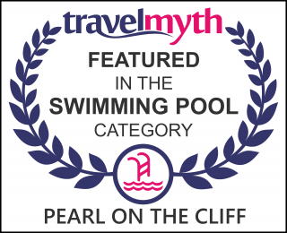 hotels with the best swimming pools in Imerovigli