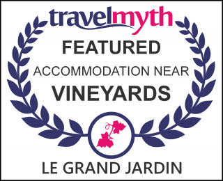 hotels near vineyards in Lafare