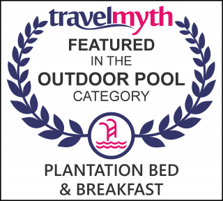 hotels with outdoor swimming pool in Three Rivers