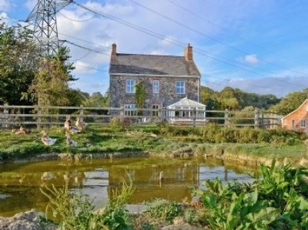 Dunley Farmhouse