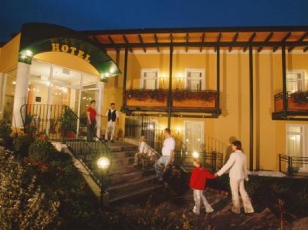 Gasthof Hotel Zum Weinberg