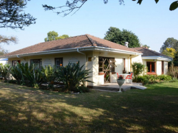 Chez Nous Bed and Breakfast & Self Catering