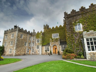ウォーターフォード キャッスル ホテル & ゴルフ リゾート (Waterford Castle Hotel & Golf Resort)