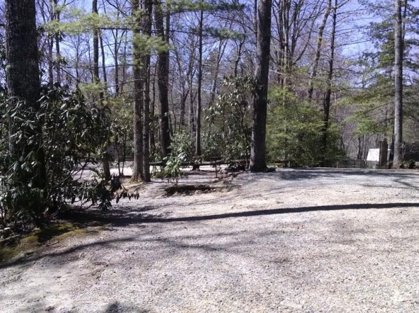 Linville Falls Campground & Cabins - A Cruise Inn Park