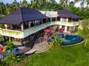 Villa Delmara at Balian Beach