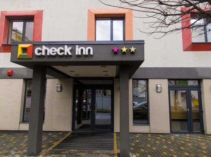 Hotel Check Inn