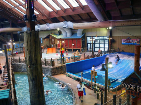 Six Flags Lodge & Indoor Waterpark