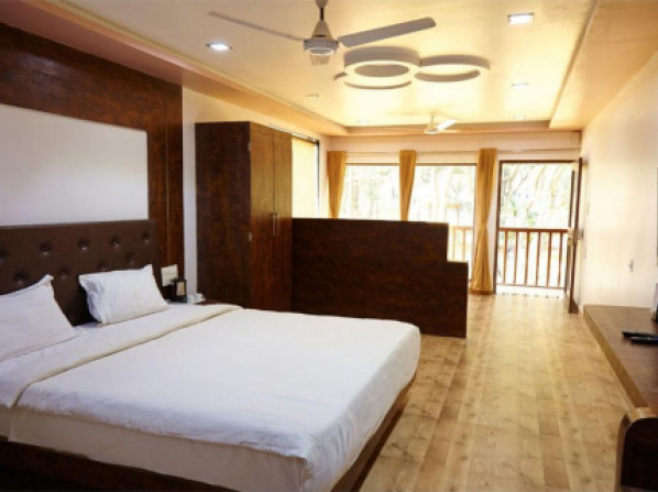 1 BR Boutique stay in Talasari, Palghar (B0BA), by GuestHouser