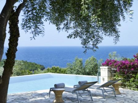 Villa Ioli- Beachfront Luxury Residence