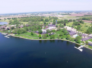 Lake Lawn Resort