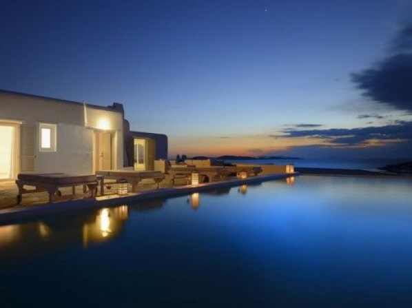 Amazon Mykonos Resort & Spa