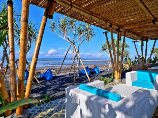 Wide Sands Beach Retreat