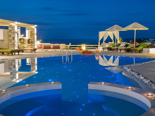 Ξενοδοχεία με πισίνα για παιδιά στην Πάρο