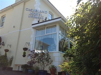 Cleveland Hotel - Guest House