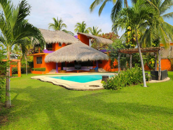 3 BR Relaxing House @ Acapulco