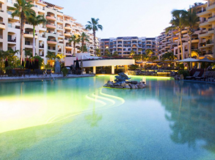 Villa la Estancia Beach Resort & Spa