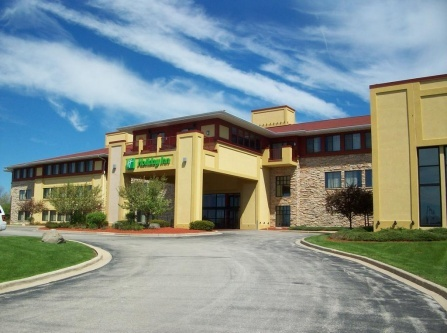 Holiday Inn Hotel Pewaukee-Milwaukee West