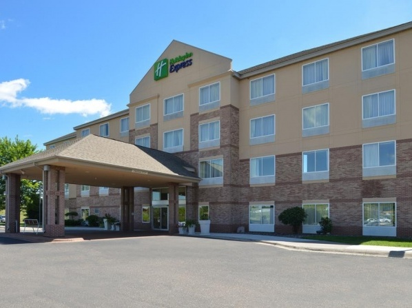 Holiday Inn Express & Suites St. Croix Valley