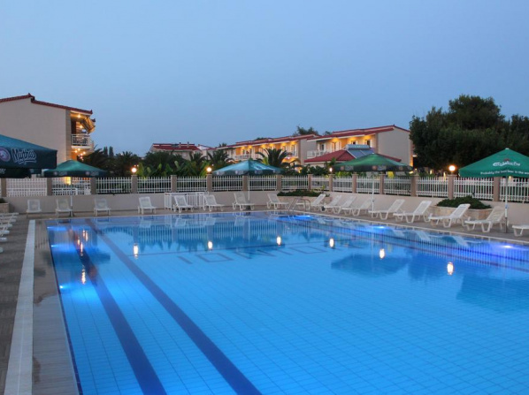 Ionion Beach Apartment Hotel & Spa