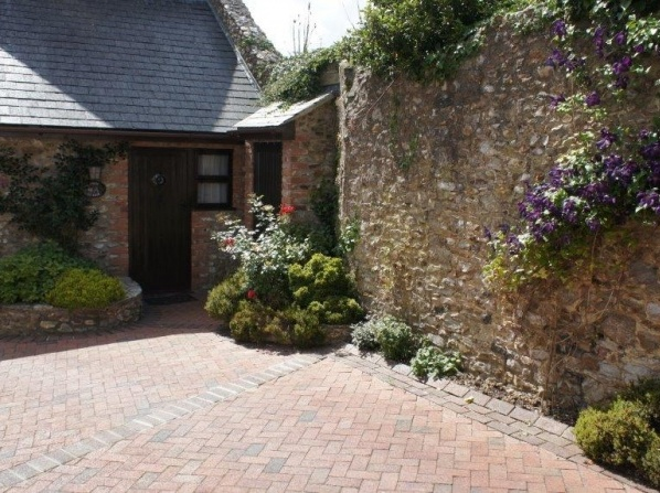 Colyton Holiday Cottages