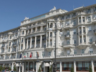 サボイア エクセルシオール パレス トリエステ スターホテルズ コレッツィオーネ (Savoia Excelsior Palace Trieste - Starhotels Collezione)