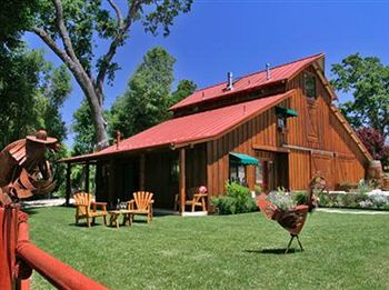 Creekside Bed & Breakfast