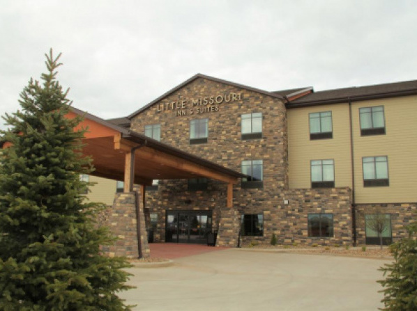 Little Missouri Inn & Suites New Town