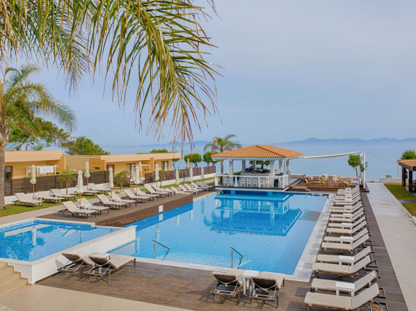 Villa Di Mare Seaside Suites